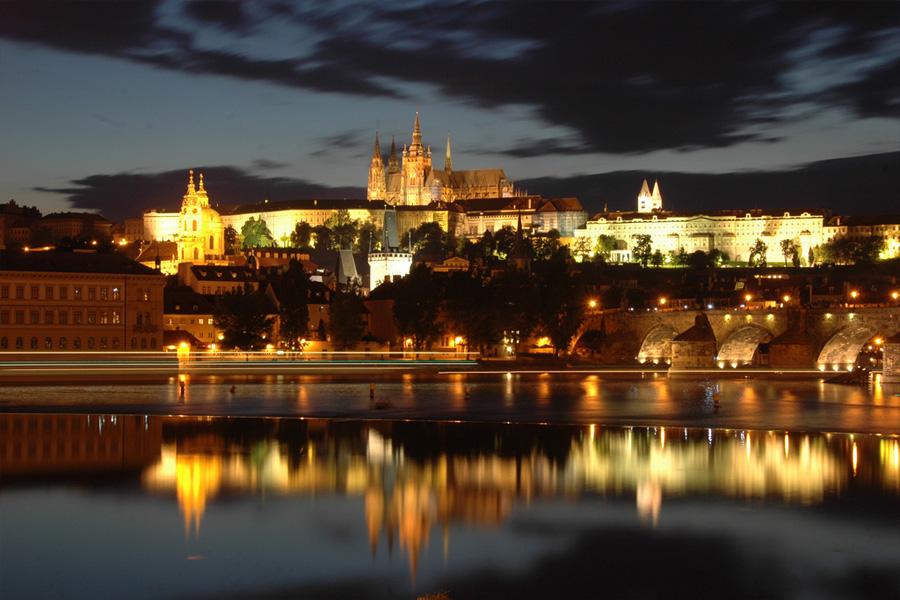Praga gu a de praga hoteles vuelos y turismo en praga - Oficina de turismo praga ...