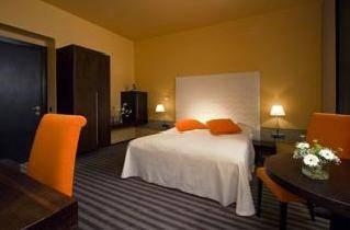 Design and style hotel neruda reserva online en este for Hotel neruda praga